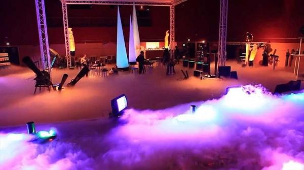 Máy tạo khói chuyên nghiệp cho sân khấu hoạt động như thế nào